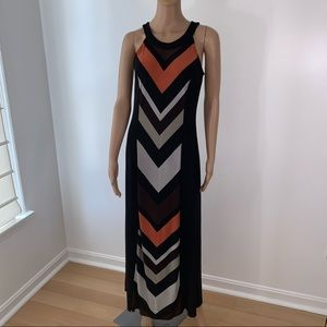Roz & Ali maxi dress size 4 sleeveless